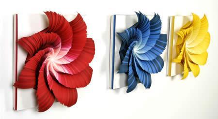 paper_sculptures_primariesinvert.jpg